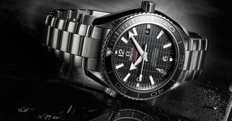 2963f310986 Desde 1984 la marca de relojes Omega lleva dando vida a nuestro tiempo. Los  movimientos mecánicos industrializados son sinónimos de precisión absoluta.